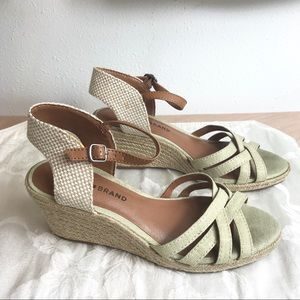 """Lucky Brand """"Kalley"""" Espadrille Wedge Size 7 1/2M"""